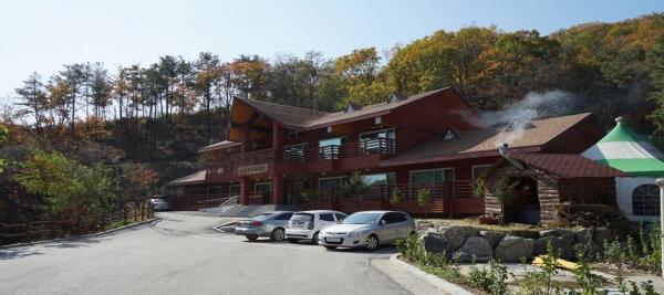 [포천 천보산 자연휴양림1] 휴양관.jpg