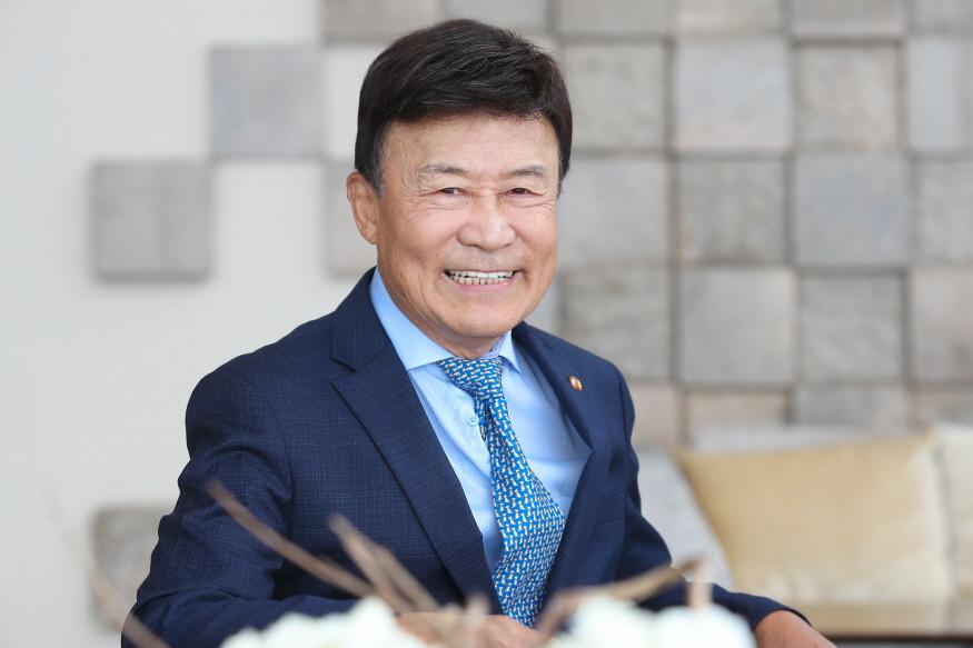 경기도, 김원웅 1.jpg