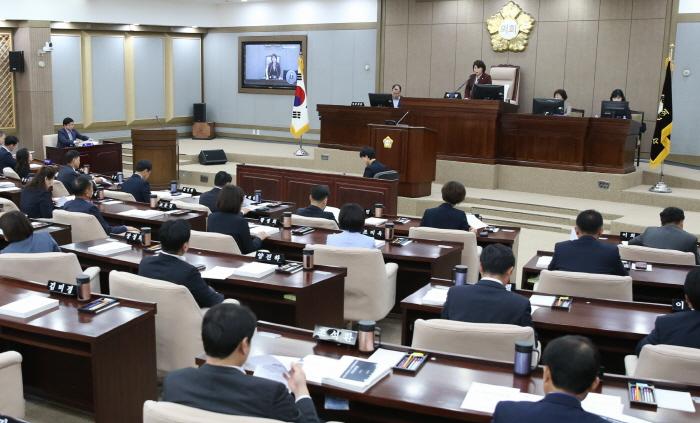 수원시의회 제346회 임시회 마무리.jpg