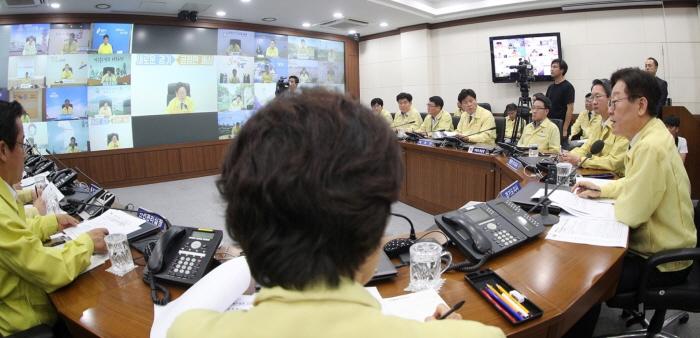 2019년 9월 17일 ASF 발생 관련 도지사 주재 시군 부단체장 영상 회의.jpg