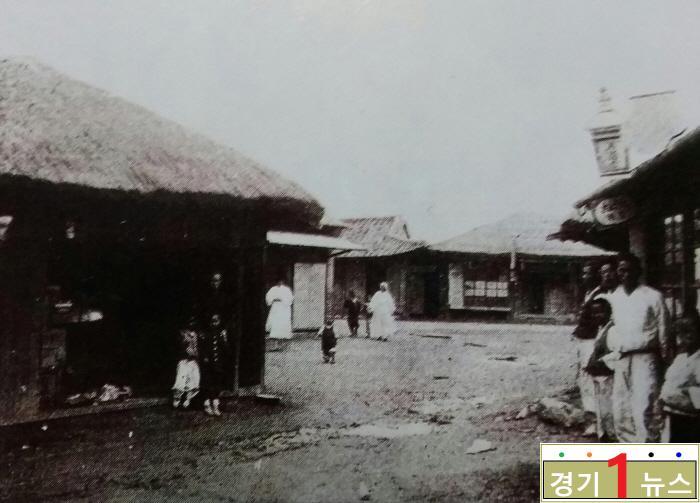 오산, 1920년대 오산장(싸전시장).jpg